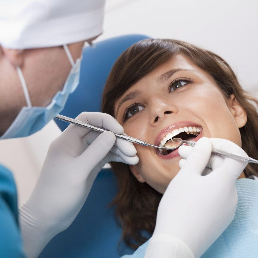 Как часто надо посещать стоматолога?